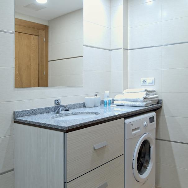 Apartamento Estella-Lizarra I  general baño y labadora