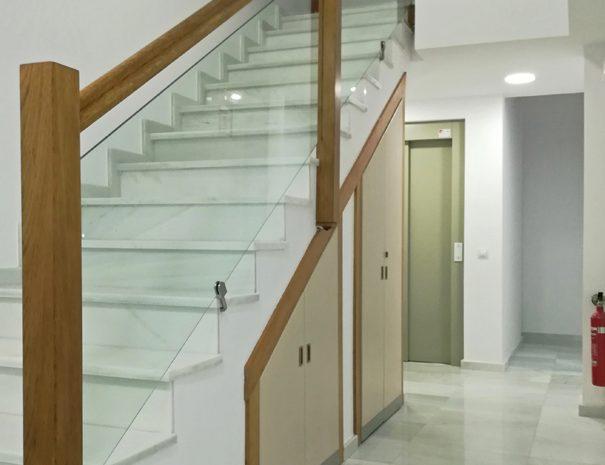 Escaleras entrada